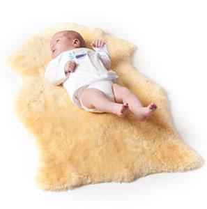 medizinisches baby lammfell mit ko test auszeichnung auf. Black Bedroom Furniture Sets. Home Design Ideas